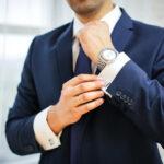 stijlvol horloge bij pak